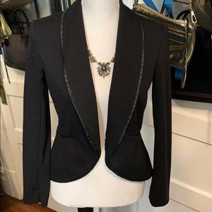 XS mossimo fitted black blazer with pleather trim.